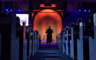 Boeiende verhalen in Theaterkerk Nes